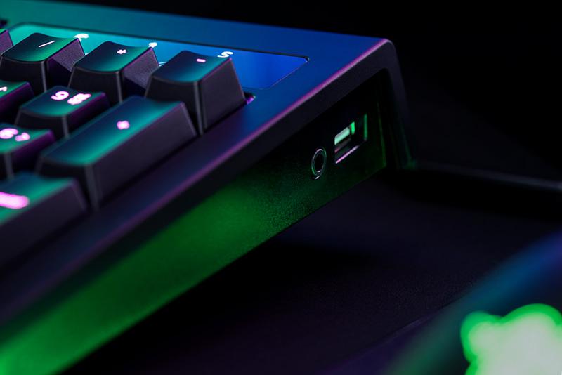 Keyboard Razer BlackWidow Chroma V2 Orange Switch, UK SLO g